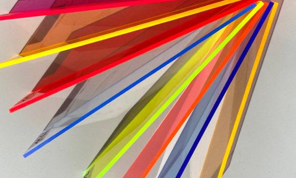 Coloris accordéons transparents plexiglas