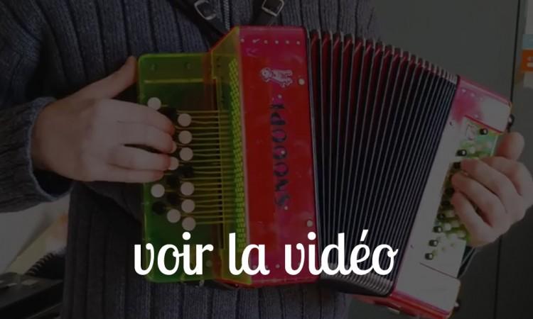 video accordeon pour enfant snooopi dog